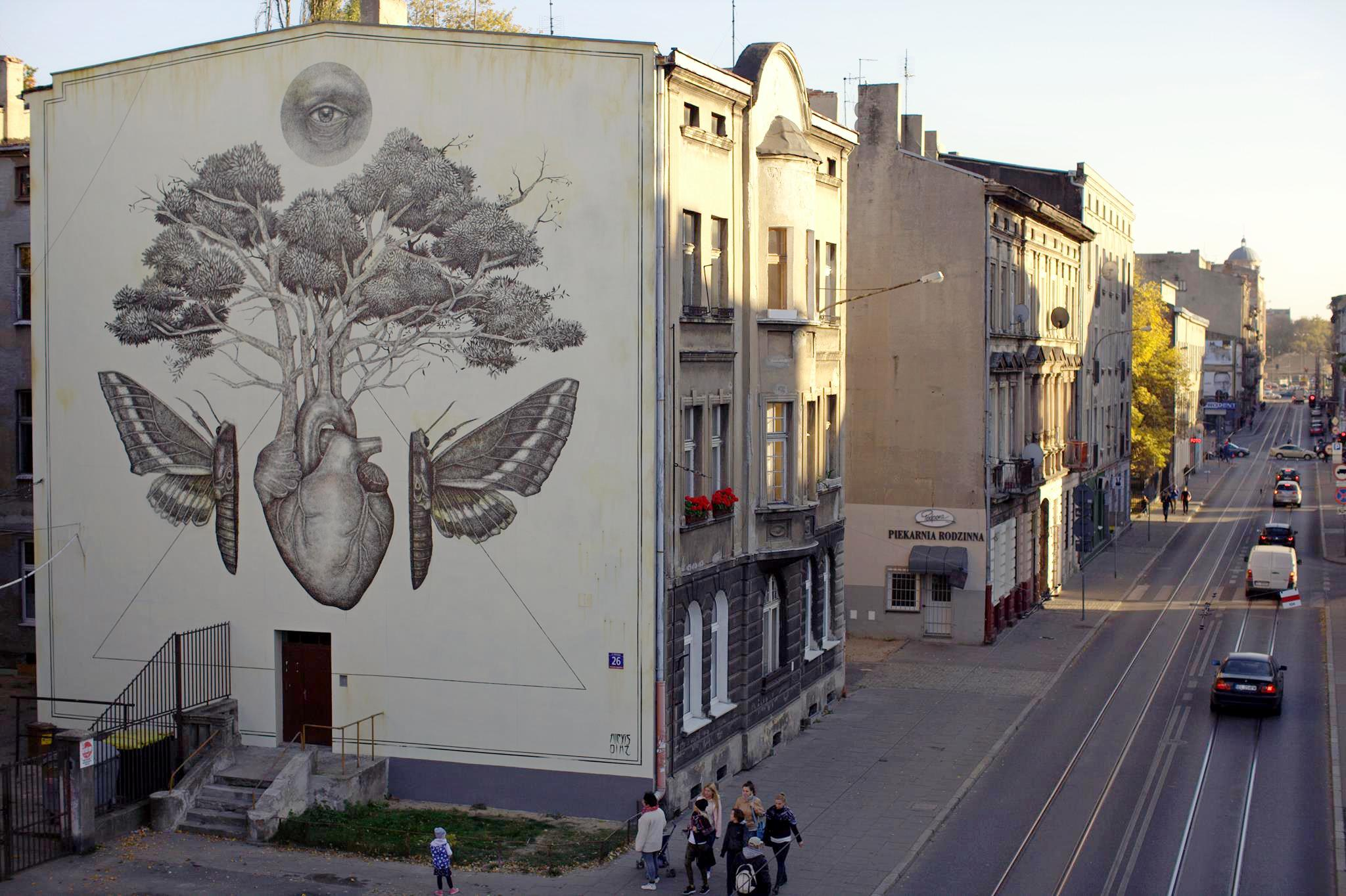 Alexis Diaz New Mural In Lodz Poland Bizarre Beyond Belief Magazine