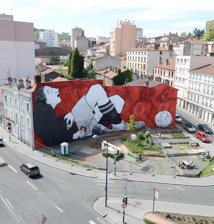 Ella-Pitr-Papiers-Peintres-Saint-Etienne-Chateaucreux-Le-coup-de-pied-à-la-lune-Mur-Graffiti-Football-52