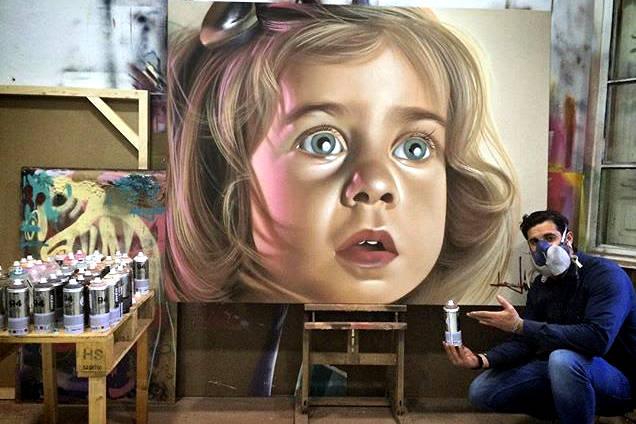 Belin-peint-un-portrait-hyper-réaliste-01-511